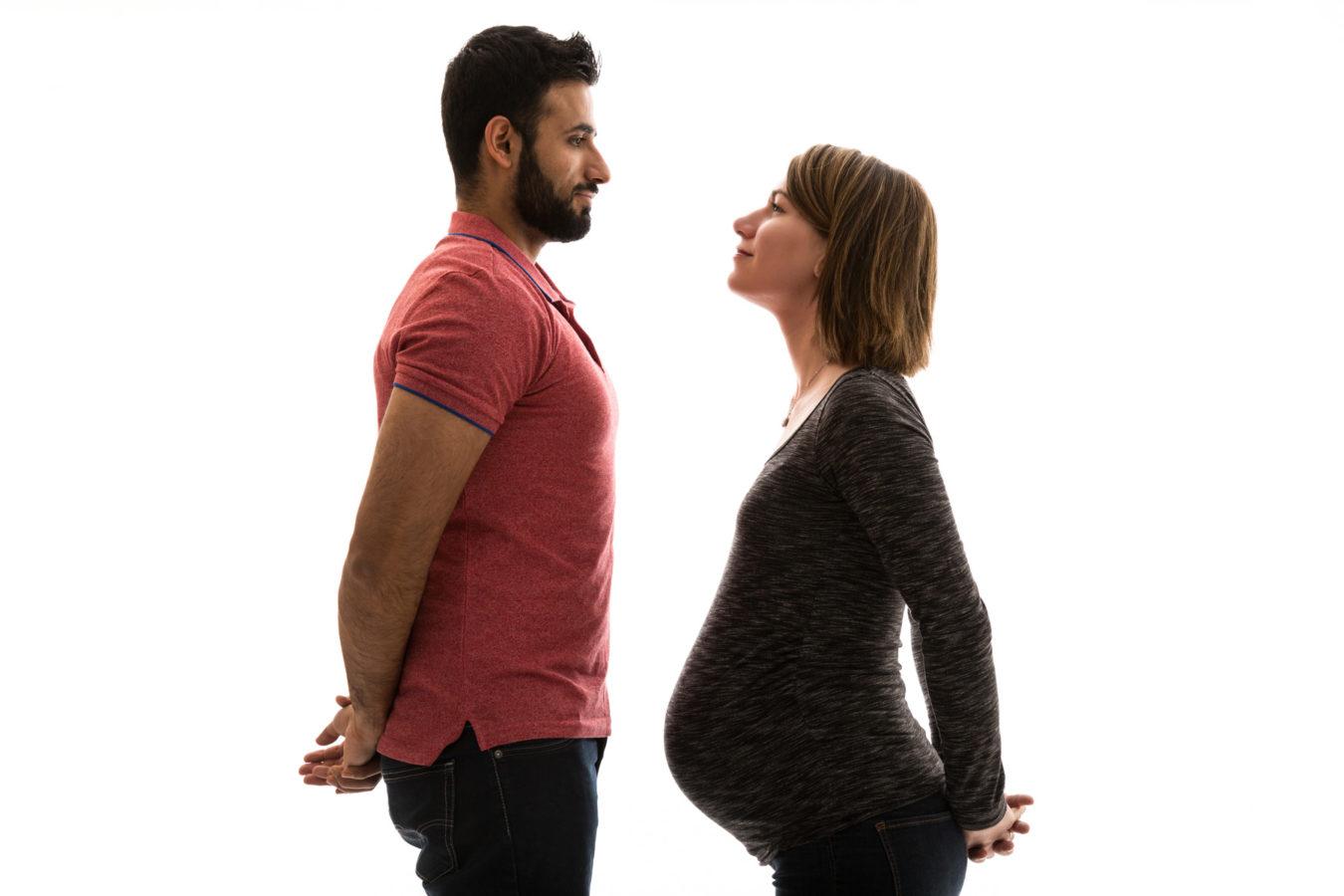Baby-Bauch-Foto-mit-Mann