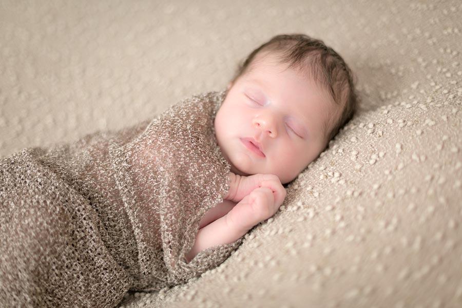 neugeborenen fotoshooting zurich